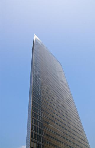 dentsu_hq_08.JPG